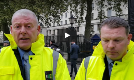 Trevor Merralls & Lee Osborne explain the aim of todays demo 08-11-2016
