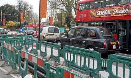 Simon Jenkins: There's no excuse for London now being the capital of bottlenecks