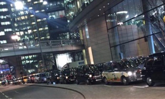 Bank Junction Blockade Day 3 : Plans Kept Off Social Media Leaves City Police In The Dark.